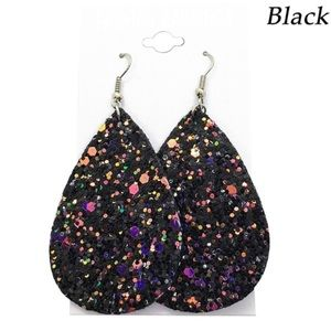 BLACK SEQUINS LEATHER EARRINGS